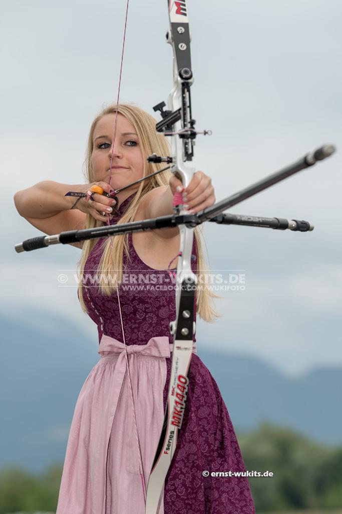 SHOOTING - Katharina Bauer - Bogenschützin